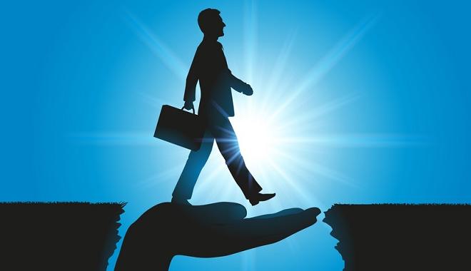 Le management de transition optimise la performance de l'entreprise via le facteur humain