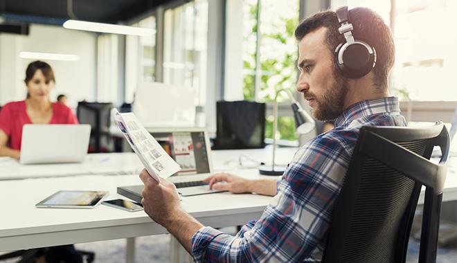 La musique au travail pour améliorer sa productivité