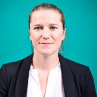 Camille TRAVERS est la fondatrice de l'agence trois virgule cinq