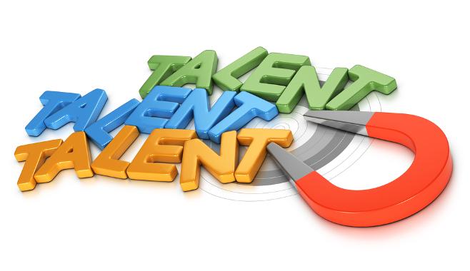 Aimant à talents et expérience salarié dans cette revue du web